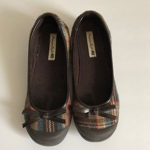 American Eagle Outfitters Wedge Shoe